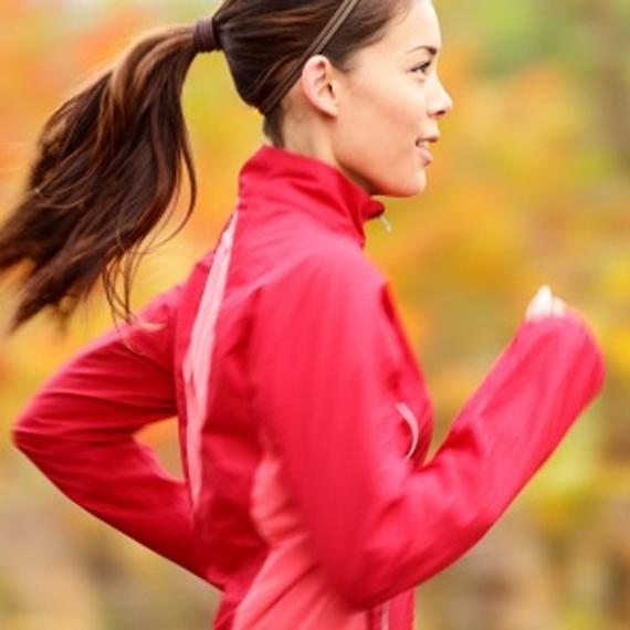 donna_runner_maglia rossa