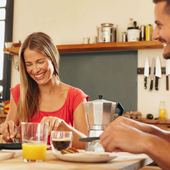 colazione-coppia-570