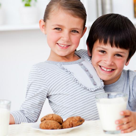 bambini-colazione